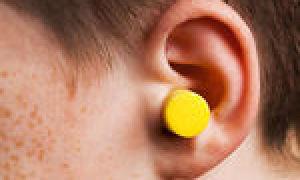 Как выглядит ушная (серная) пробка (5 фото и 1 видео)
